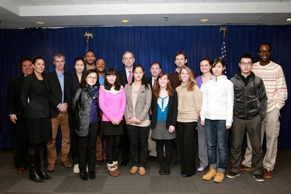 Participants pay a visit to Consulate General of United States in Hong Kong