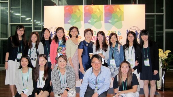 HKBU students present papers and exchange views with experts at an international conference held in South Korea, (back row, starting fourth from left) Dr Maggie Koong, OMEP World President; Dr Amelia Lee; and Mrs Wong Yau Wai-ching, Deputy Secretary for Education (Professional Development and Special Education Branch) of the HKSAR Government.
