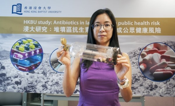 Dr Chung Shan-shan demonstrates how a citizen can dispose of antibiotics in ways to lessen pollution in landfills in the absence of a drug take-back programme in Hong Kong.