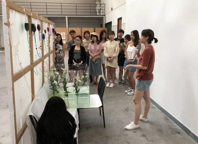 Creative Writing students earn valuable exchange with Tsinghua students