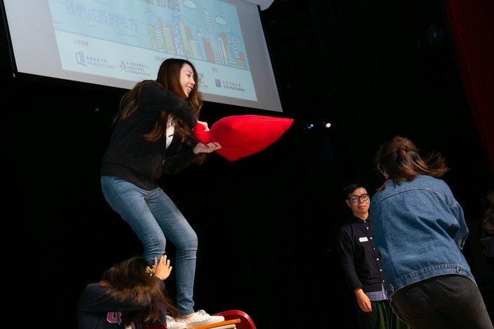 The winning team performs outstandingly at the Hong Kong Creative Drama Festival