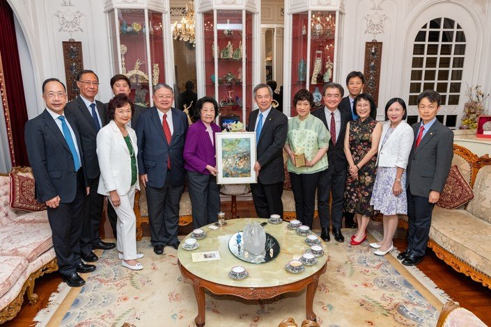 HKBU hosts a recognition ceremony to thank the Hung family.