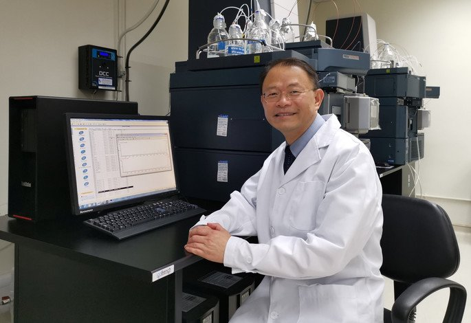Professor Zhang Ge, Associate Director of HKBU's Law Sau Fai Institute for Advancing Translational Medicine in Bone & Joint Diseases, has developed a novel drug for the treatment of osteogenesis imperfecta.