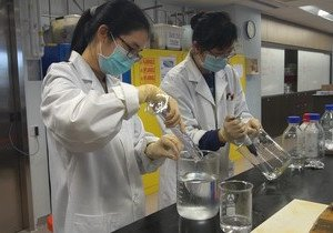 HKBU volunteers donate homemade hand sanitiser to the needy