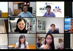 Graduating class representatives share thoughts on Project SEED with HKBU senior management